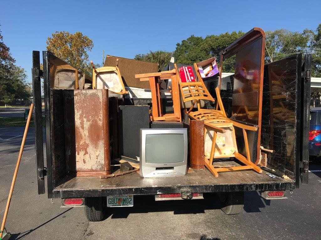Contact Us-San Bernardino Dumpster Rental & Junk Removal Services-We Offer Residential and Commercial Dumpster Removal Services, Portable Toilet Services, Dumpster Rentals, Bulk Trash, Demolition Removal, Junk Hauling, Rubbish Removal, Waste Containers, Debris Removal, 20 & 30 Yard Container Rentals, and much more!