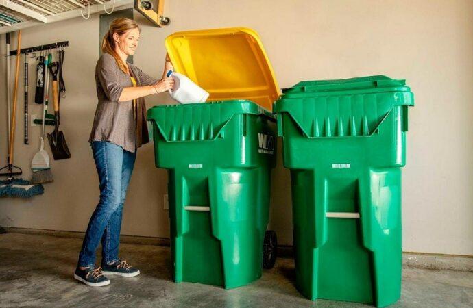Highland-San-Bernardino-Dumpster-Rental-Junk-Removal-Services-We Offer Residential and Commercial Dumpster Removal Services, Portable Toilet Services, Dumpster Rentals, Bulk Trash, Demolition Removal, Junk Hauling, Rubbish Removal, Waste Containers, Debris Removal, 20 & 30 Yard Container Rentals, and much more!